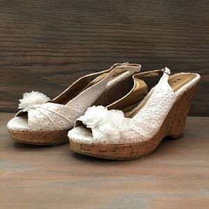 Shoes - Women's eyelet white wedges